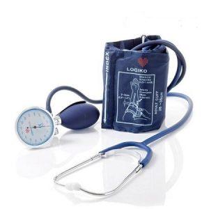 Tensiometru mecanic cu manometru la para Cromat si stetoscop